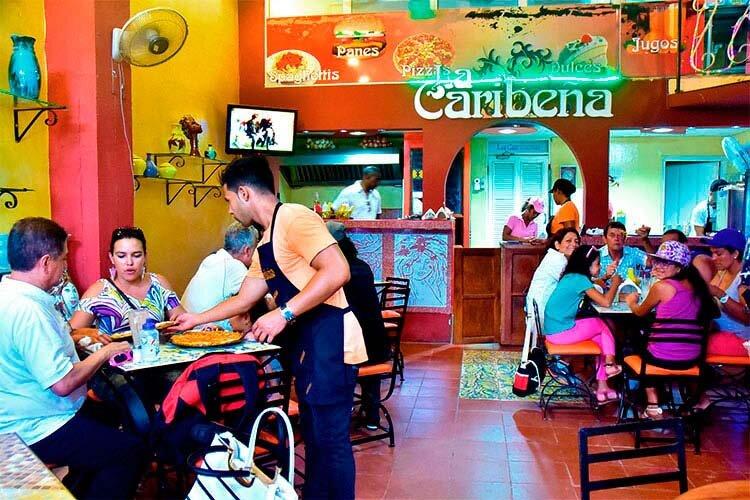Cafe La Caribeña, Habana Vieja, Havana / Cuba © Havana my way, info@havanamyway.com