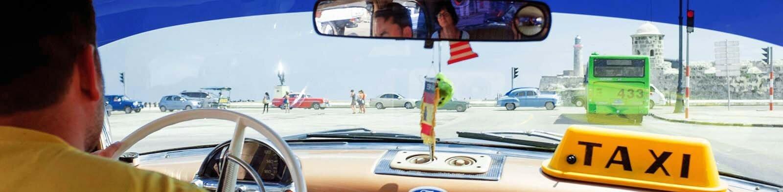 Taxi driver in Havana / Cuba