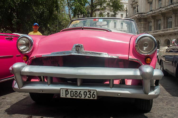 In our Mercury Sun Valley Convertible, built in 1954, you do not just have Havana to explore, but also the provinces. © Havana My Way, info@havanamyway.com