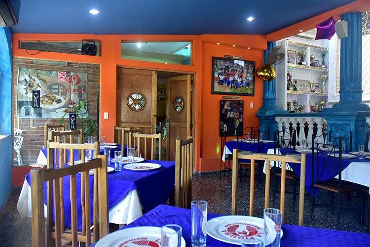 Your host, world-class athlete, Raul Diago, invites you to his restaurant, La Figura. © Havana My Way, info@havanamyway.com